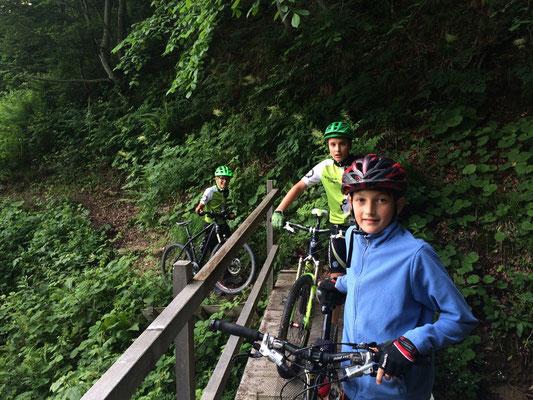 Mountainbike für Jugendliche von 7 - 16 Jahren @ Pärkli   Uznach   Sankt Gallen   Schweiz